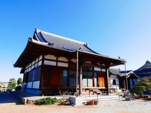 東連寺本堂