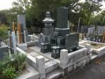 興正寺墓地